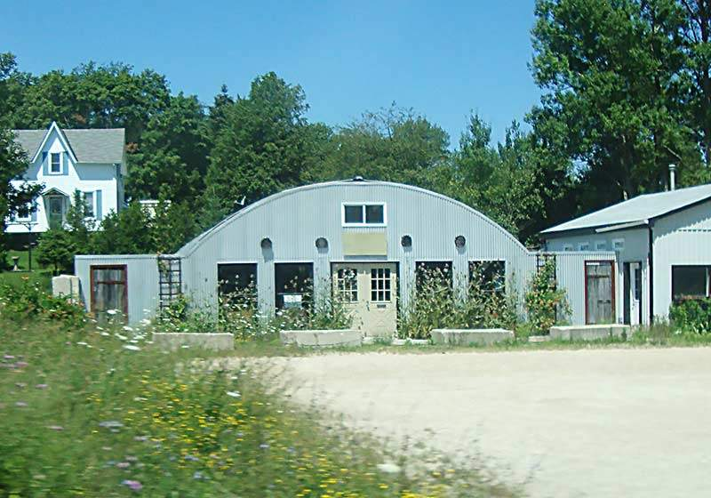 commercial-quonset-store
