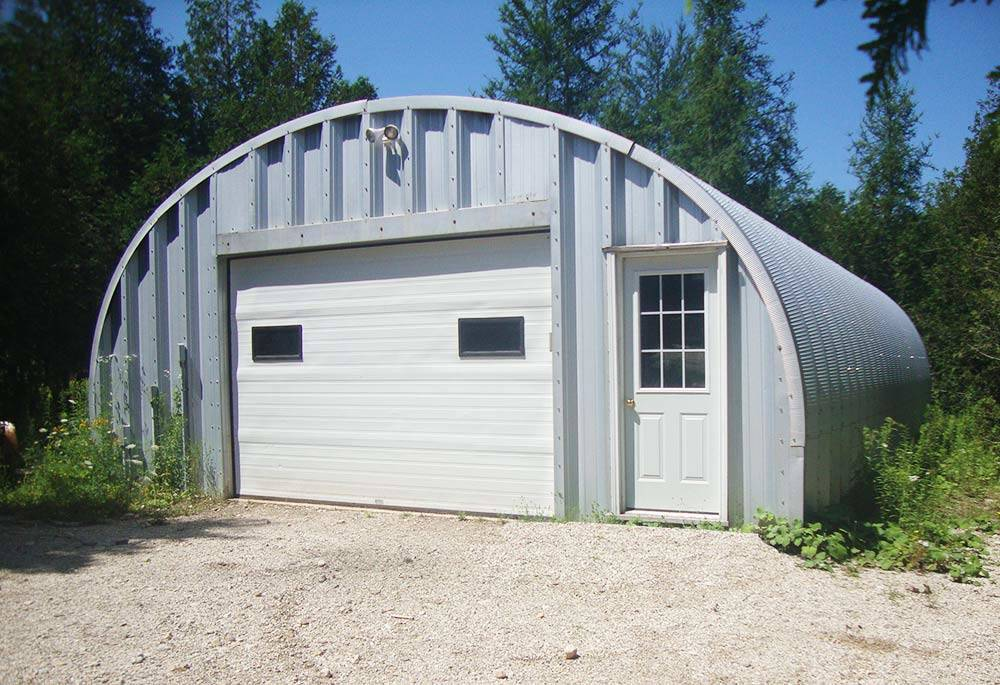 Quonset canada steel quonset hut building kits for Garage building kits canada